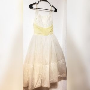 1950's Vintage Lace and Tulle Dress